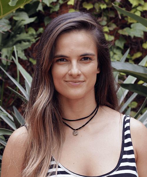 Instrutora-DeROSE-Method-Itaim-Larissa-Luna